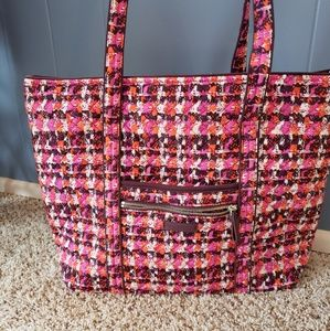 Handbags - Vera Bradley Iconic Large Tote